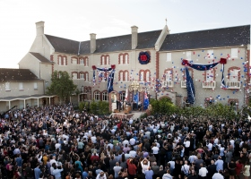 2011年1月29日,超過兩千位山達基人和來賓,齊聚一堂,參加新墨爾本山達基教會理想機構的開幕典禮。